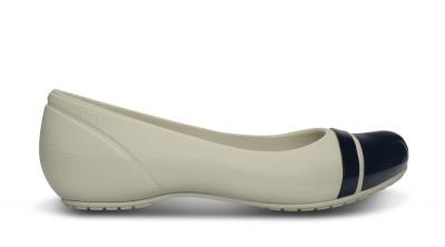 Womens Cap Toe Flat